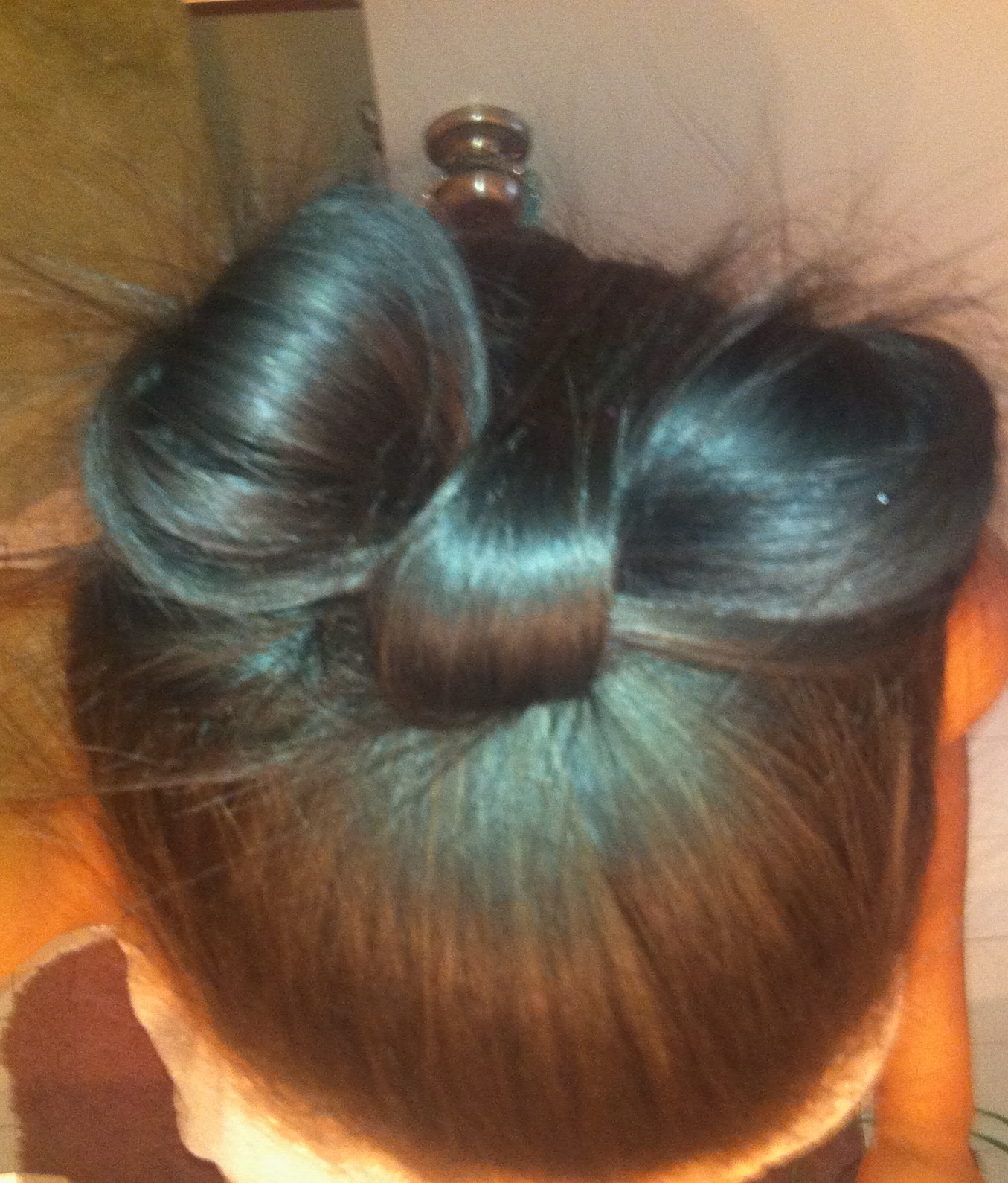 Complete hair bow